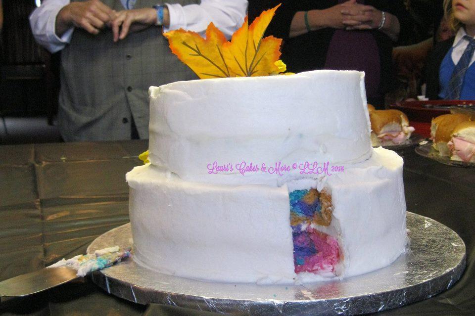Kayla wedding cake inside